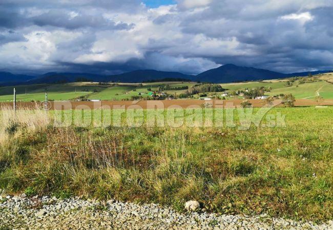 PREDANÉ: Stavebný pozemok na vŕšku, 3134 m2, Brezno - Rohozná