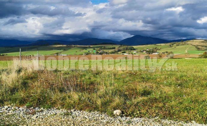 PREDAJ: Stavebný pozemok na vŕšku, 3134 m2, Brezno - Rohozná