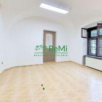 Obchodné, Prešov, 38 m², Čiastočná rekonštrukcia