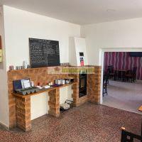 Reštaurácia, Orechová Potôň, 200 m², Čiastočná rekonštrukcia