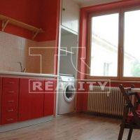 2 izbový byt, Banská Bystrica, 68 m², Kompletná rekonštrukcia
