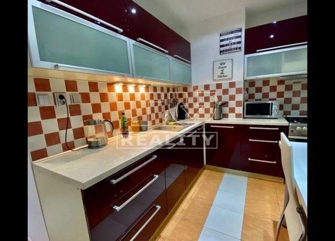 2 izbový byt - Banská Bystrica - Fotografia 1