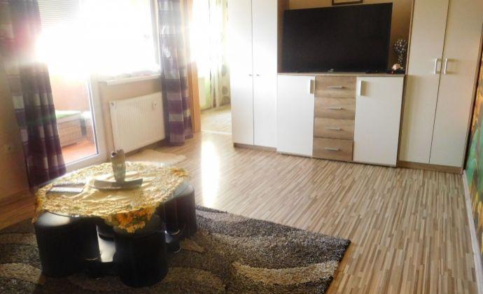 3 izbový byt prerobený na 4 izbový s veľkou loggiou