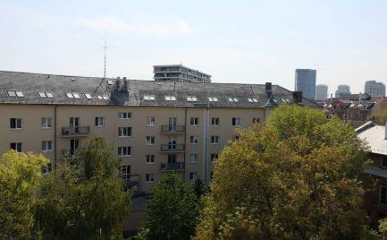 Na predaj kompletne zariadený 2-izbový byt s loggiou v Ružinove - Koceľova ul.