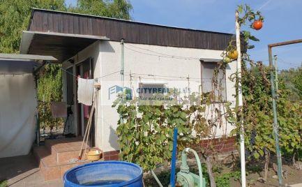 Predám peknú záhradu s murovanou chatkou Nové Zámky
