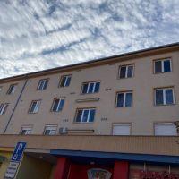 2 izbový byt, Dunajská Streda, 52 m², Pôvodný stav