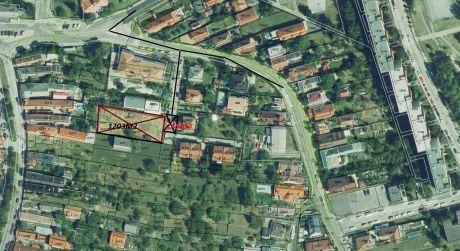 Stavebný pozemok v Dúbravke na Oskorušova je na predaj- pre 2 RD