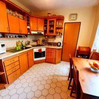 3 izbový byt, Vráble, 72 m², Čiastočná rekonštrukcia