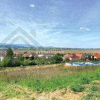 Pre rodinné domy, Partizánske, 680 m²