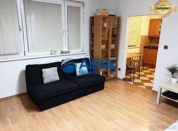 Prenájom - 1 izbový slnečný byt na Mozartovej ulici