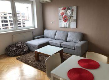 BA II. Na prenájom 3 izbový byt na Tomášikovej ulici