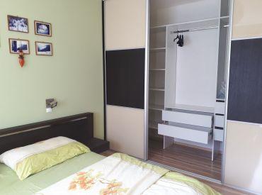REZERVOVANÉ Predaj kompletne zrekonštruovaného 2 izbového bytu v centre Banskej Bystrice.