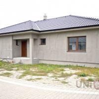 Rodinný dom, Nové Zámky, 212 m², Novostavba