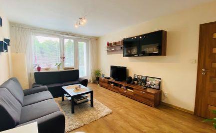 2 izbový byt na Severe, 62 m2, s loggiou, zariadený