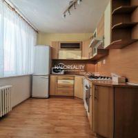 4 izbový byt, Handlová, 83 m², Čiastočná rekonštrukcia