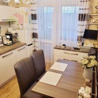 3 izbový byt, Bánovce nad Bebravou, 72 m², Kompletná rekonštrukcia