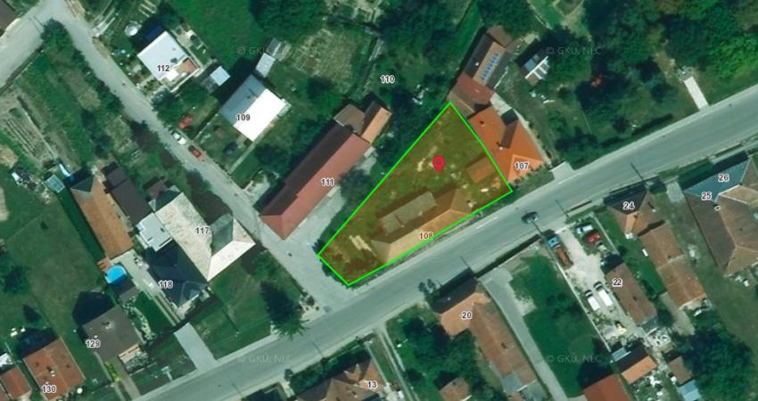 Stavebný pozemok Veľké Chlievany - 955m2