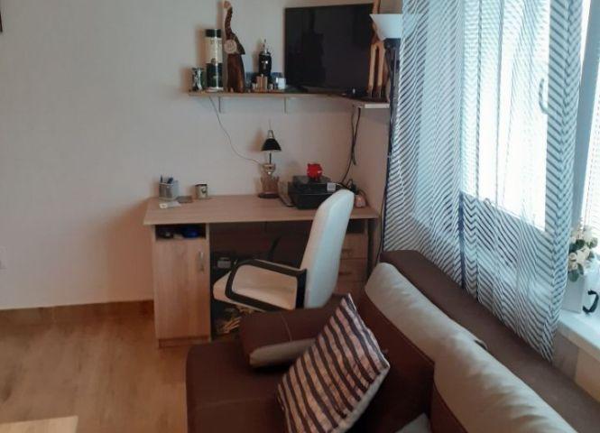 1 izbový byt - Veľká Lomnica - Fotografia 1
