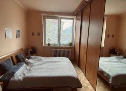 Predaj priestranného 3 izbového bytu na Sídlisku