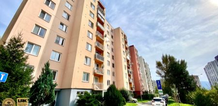 3-izbový byt - Trenčín / Juh / Halalovka - určený na rekonštrukciu podľa vlastných predstáv
