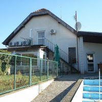 Rodinný dom, Hurbanovo, 230 m², Čiastočná rekonštrukcia