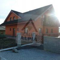 Rodinný dom, Dolný Kubín, 1140 m², Novostavba