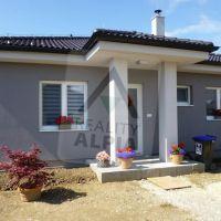 Rodinný dom, Ivanovce, 120 m², Vo výstavbe
