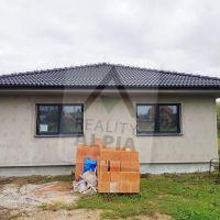 Rodinný dom, Cabaj-Čápor, 122 m², Novostavba