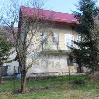 Rodinný dom, Pružina, 733 m², Čiastočná rekonštrukcia
