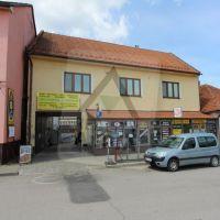Obchodné, Ružomberok, 51 m², Čiastočná rekonštrukcia