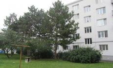 Na predaj 2 izbový byt na Peknej ceste v Krasňanoch