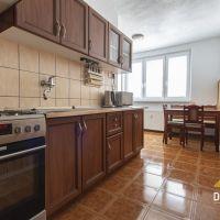 3 izbový byt, Záhorská Ves, 66 m², Čiastočná rekonštrukcia