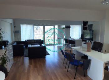 Ponúkame na prenájom vkusne zariadený kancelársky priestor s dvomi miestnosťami