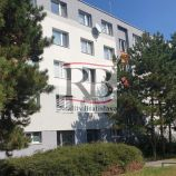 Na predaj 3 izbový byt po čiastočnej rekonštrukcií na Lietavskej ulici v Petržalke