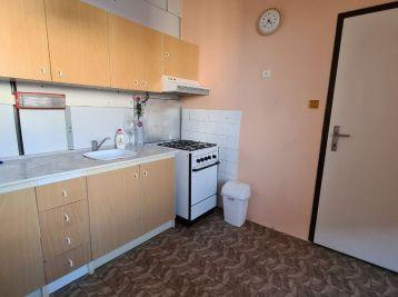 Predaj veľkometrážneho 2.izb bytu v Nitre na Čermáni s loggiou