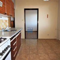 3 izbový byt, Holíč, 70 m², Čiastočná rekonštrukcia