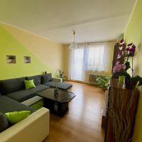 4 izbový byt, Sereď, 84 m², Čiastočná rekonštrukcia