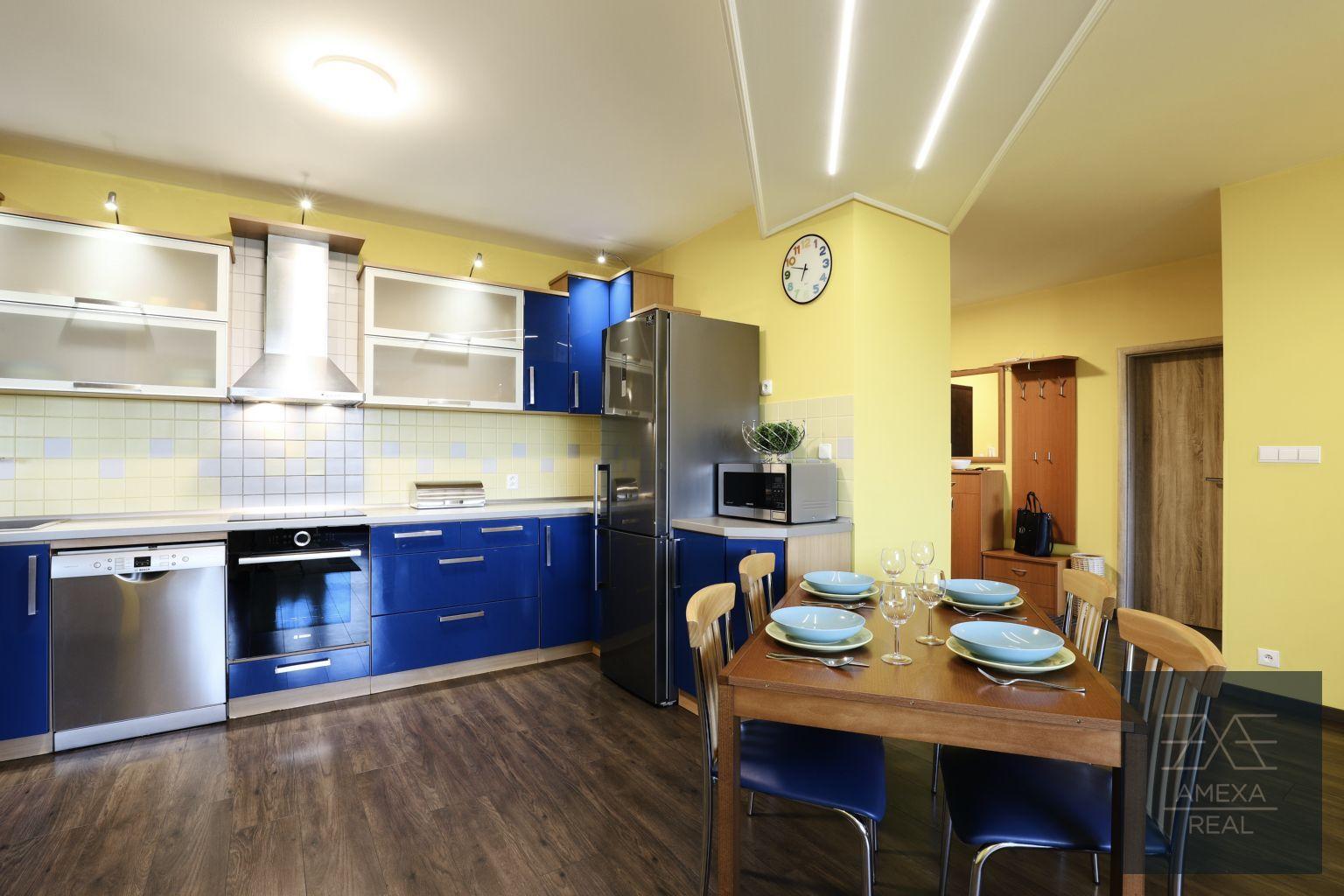 3-izbový byt-Predaj-Bratislava - mestská časť Ružinov-299000.00 €