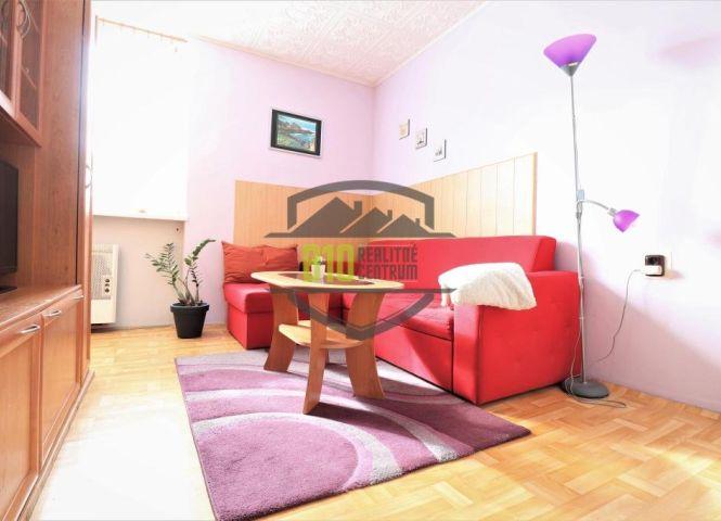1 izbový byt - Lednické Rovne - Fotografia 1