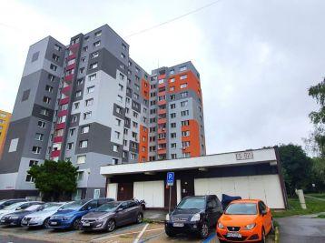 PREDAJ, 3 izb. BYT 65m2 s loggiou 3,14m2 a pivničkou kobkou 1,3m2 - Wolkrova ul., Petržalka