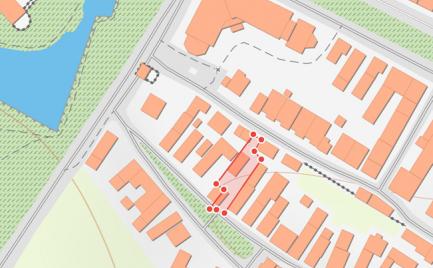 Inšpiratívna investičná ponuka pozemku s historickou budovou v centre Bojníc