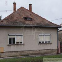 Rodinný dom, Vrbové, 135 m², Pôvodný stav