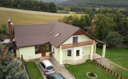DMPD Real Vám prináša predaj veľkého 2-generačného domu v obci Oslany