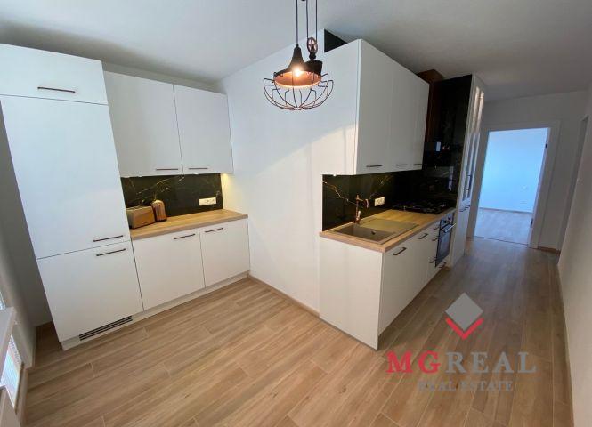2 izbový byt - Topoľčany - Fotografia 1