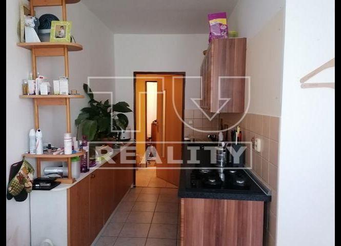 2 izbový byt - Nová Dubnica - Fotografia 1