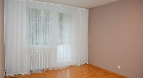 Ponúkame na predaj 3 izbový byt, 83 m2, ul. Morovnianska cesta, Handlová