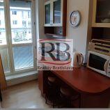 Zariadený 1-izbový byt na Záhradníckej ulici v Ružinove
