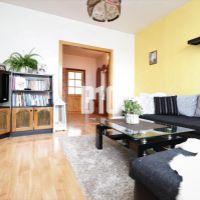 4 izbový byt, Púchov, 80 m², Čiastočná rekonštrukcia