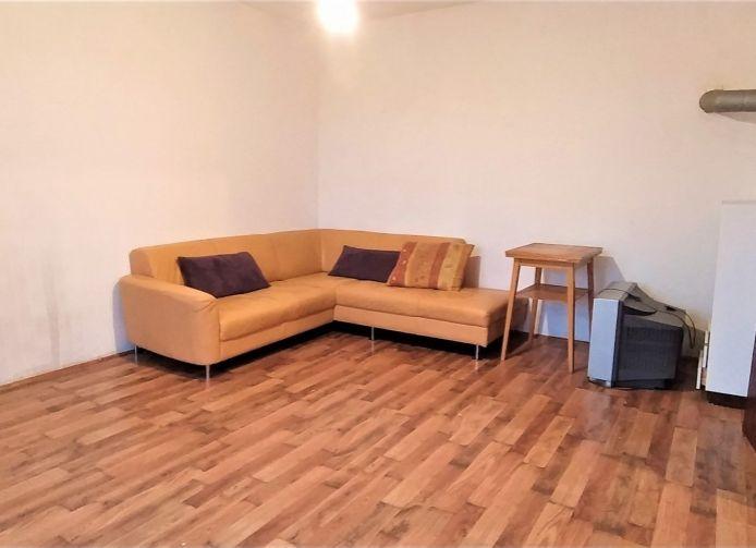 1 izb.byt s vlastným kúrením  ID 2074