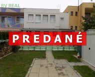 EXKLUZÍVNE na predaj 4 izbový rodinný dom 293 m2 Prievidza Sever 10037